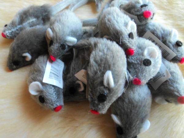Plüschmäuse grau 100 Stück ca. 5 cm Katzenspielzeug